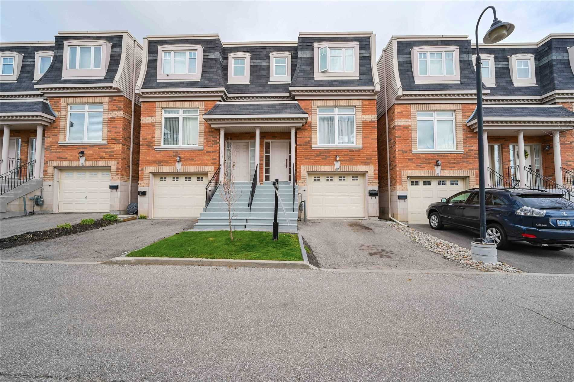 pictures of house for sale MLS: N4770838 located at 8032 Kipling Ave, Vaughan L4L2A1