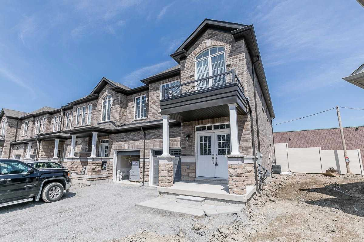 pictures of 42 Blackwell Cres, Bradford West Gwillimbury L3Z4L3