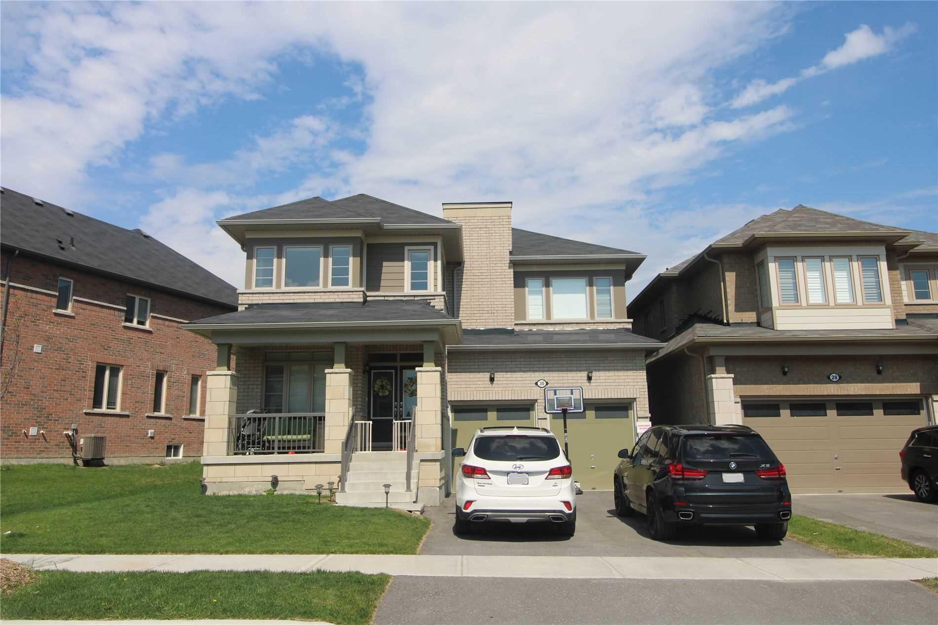 pictures of 30 Deepwood Cres, East Gwillimbury L9N0P8