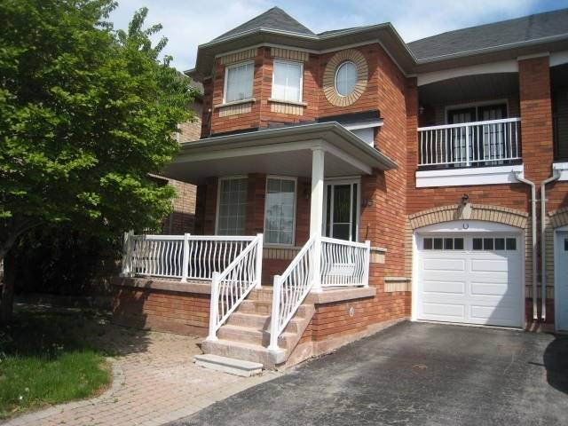 pictures of house for sale MLS: N4772432 located at 115 Sail Cres, Vaughan L6A2Z1