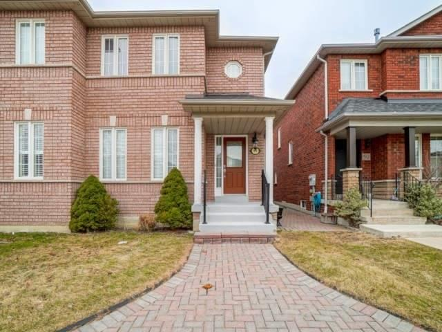 pictures of house for sale MLS: N4773808 located at 90 Castle Park Blvd, Vaughan L4H2R7
