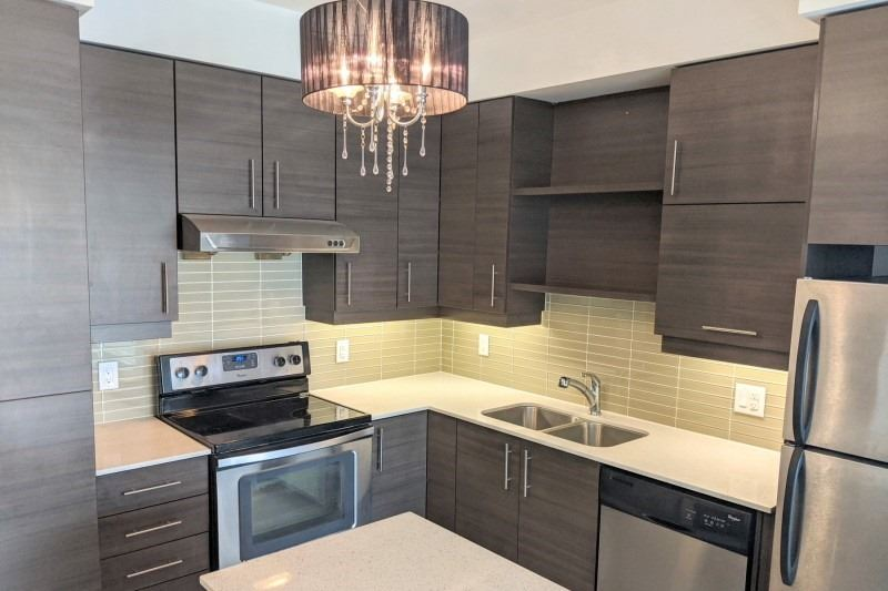pictures of 325 South Park Rd, Markham L3T0B8