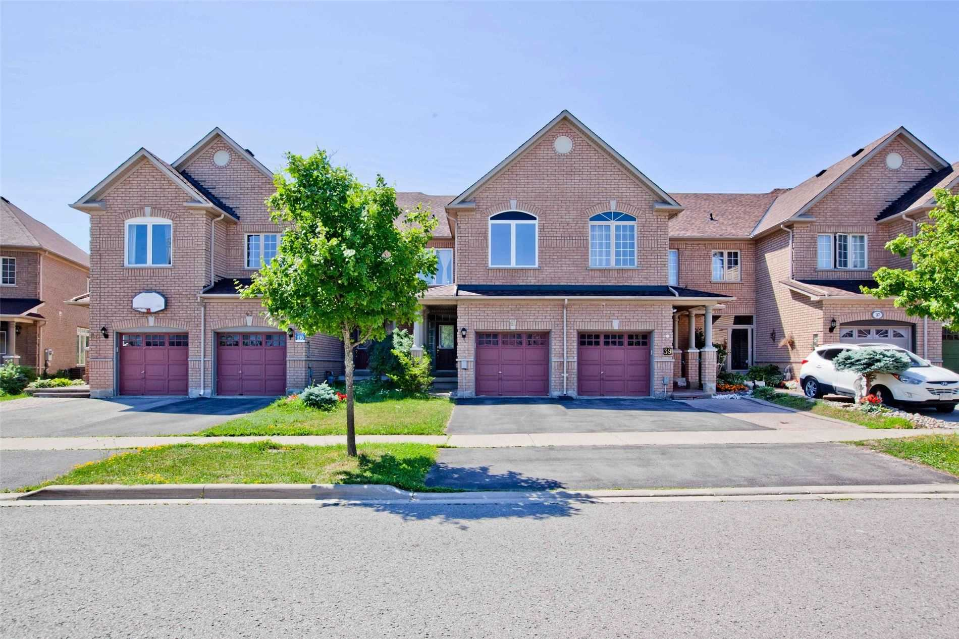 pictures of 41 Coco Ave, Richmond Hill L4S2R6