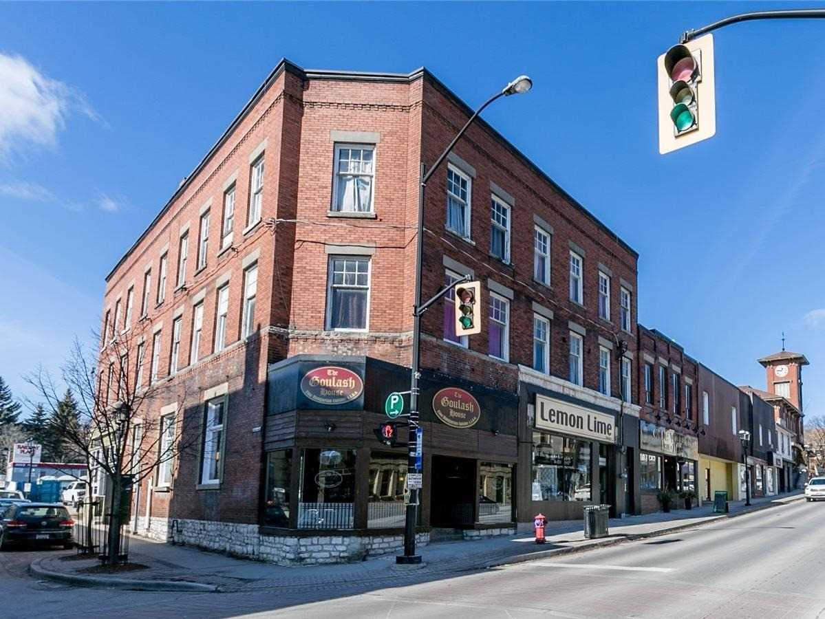 pictures of 200 Main St S, Newmarket L3Y3Z3