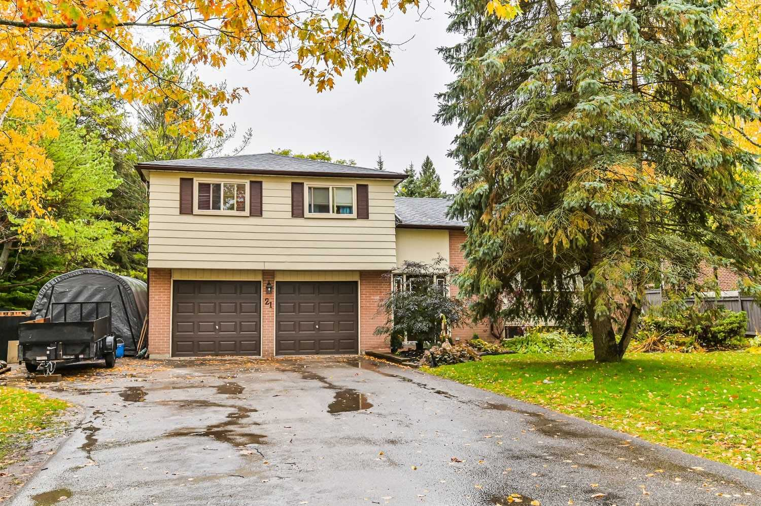 pictures of house for sale MLS: N4956384 located at 21 Jonathan St, Uxbridge L9P1B6
