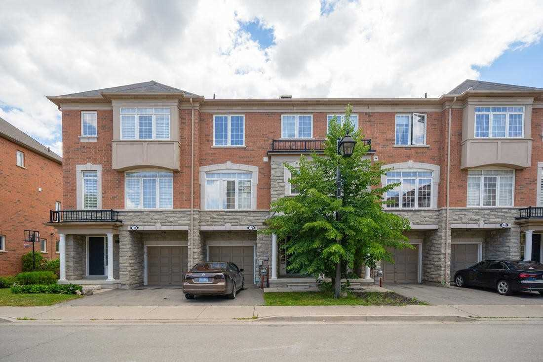 pictures of house for sale MLS: N4993325 located at 142 Vittorio De Luca Dr, Vaughan L4L0A8