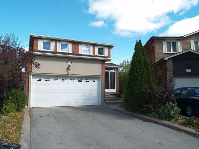 pictures of 70 Keefer Crt N, Vaughan L4J5X8