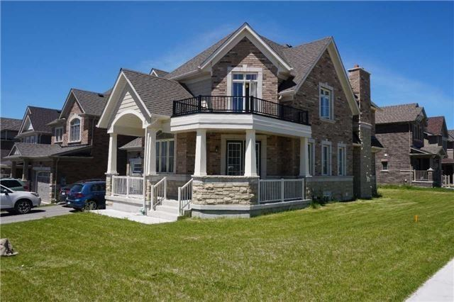 pictures of 32 Treetops Blvd, New Tecumseth L9R0M2