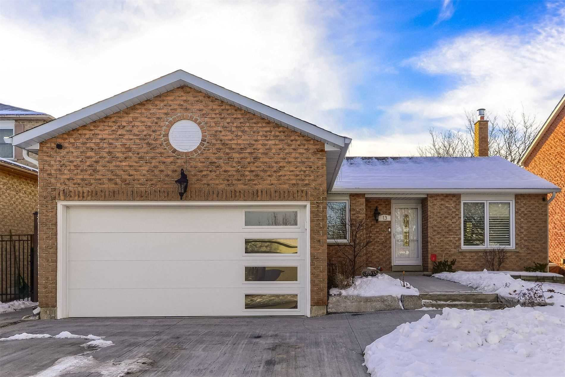 pictures of house for sale MLS: N5080445 located at 13 Laverock St, New Tecumseth L0G1W0