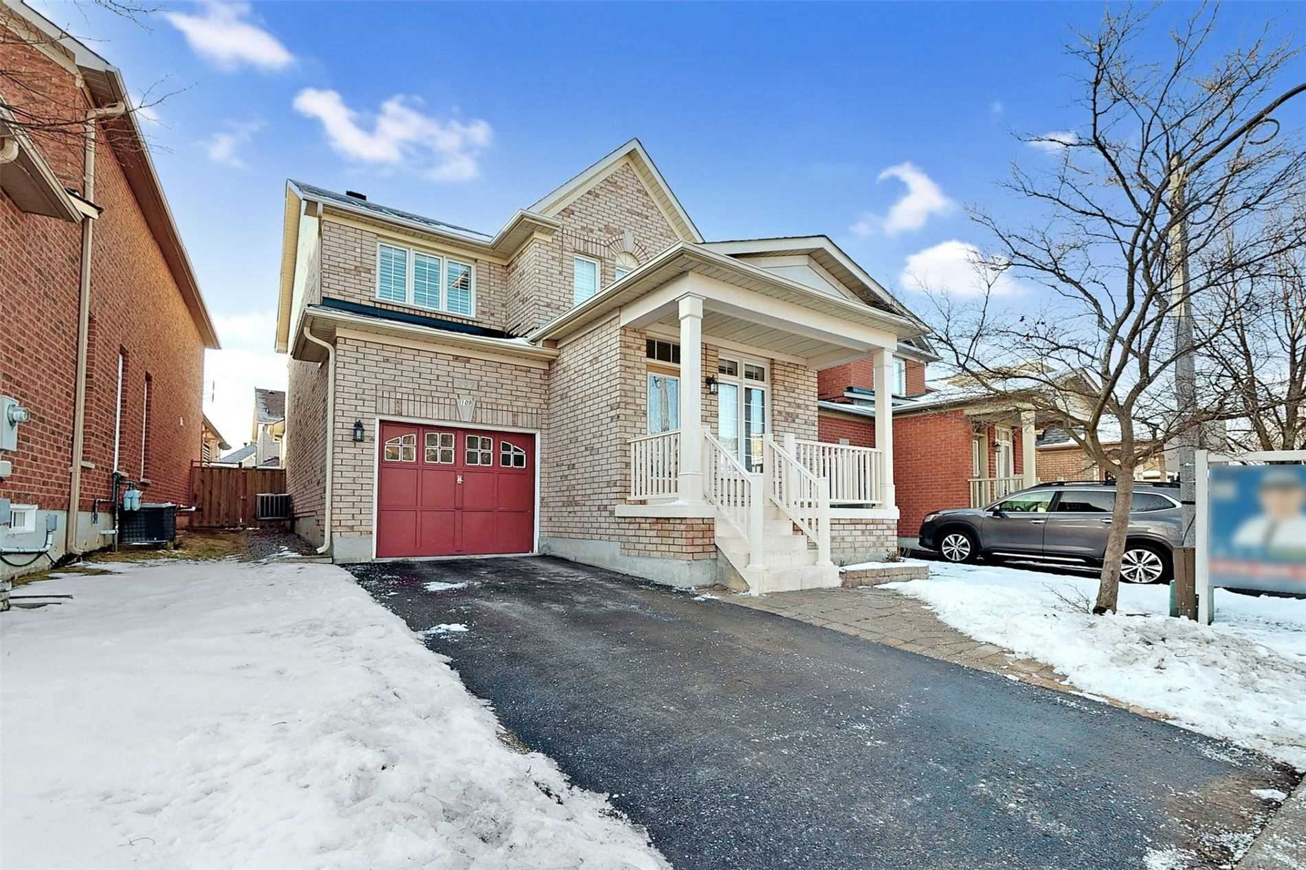 pictures of house for sale MLS: N5082340 located at 109 Goldenwood Cres, Markham L6E1M3