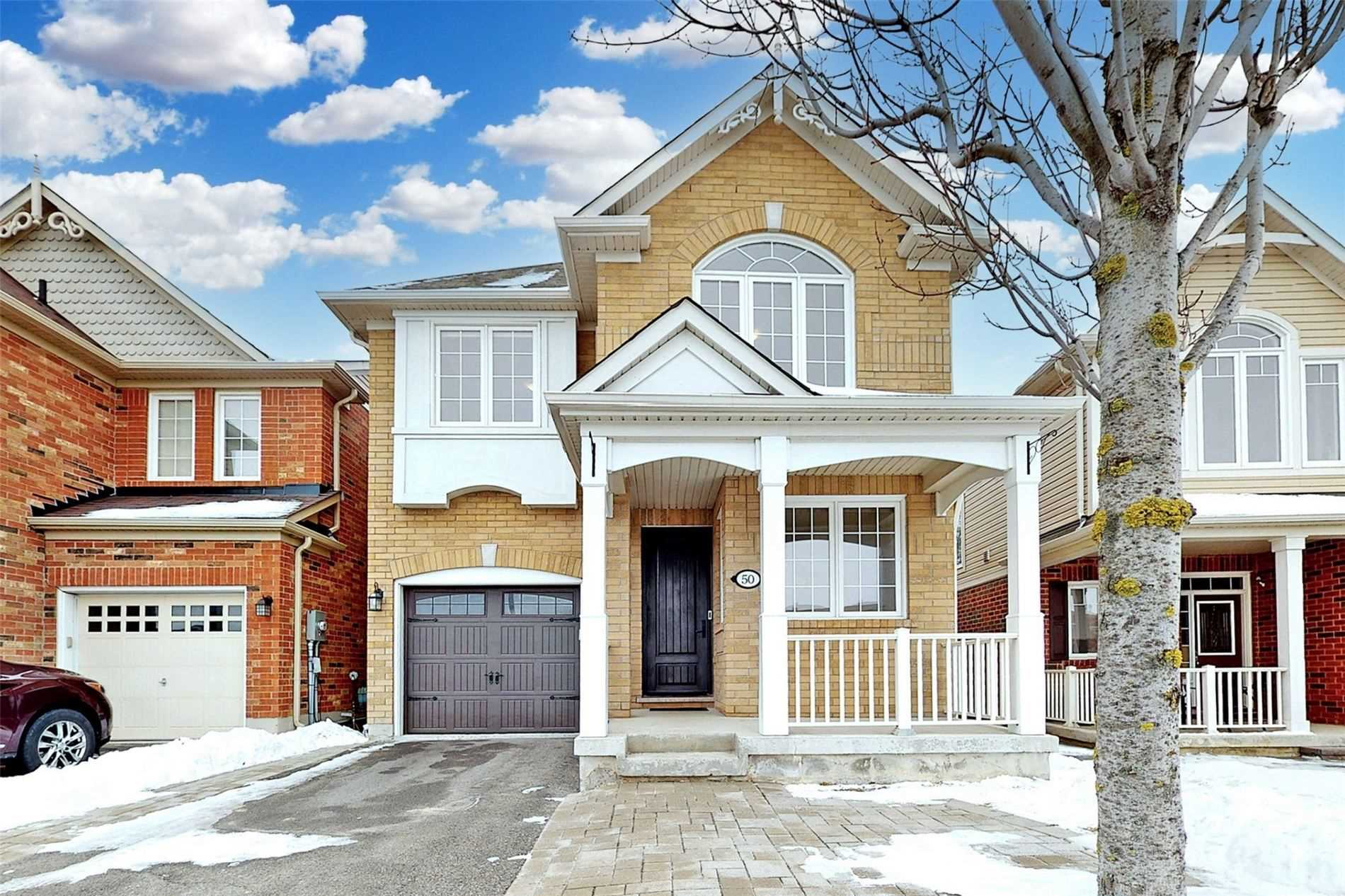 pictures of house for sale MLS: N5082425 located at 50 Elmeade Lane, Whitchurch-Stouffville L4A0P6