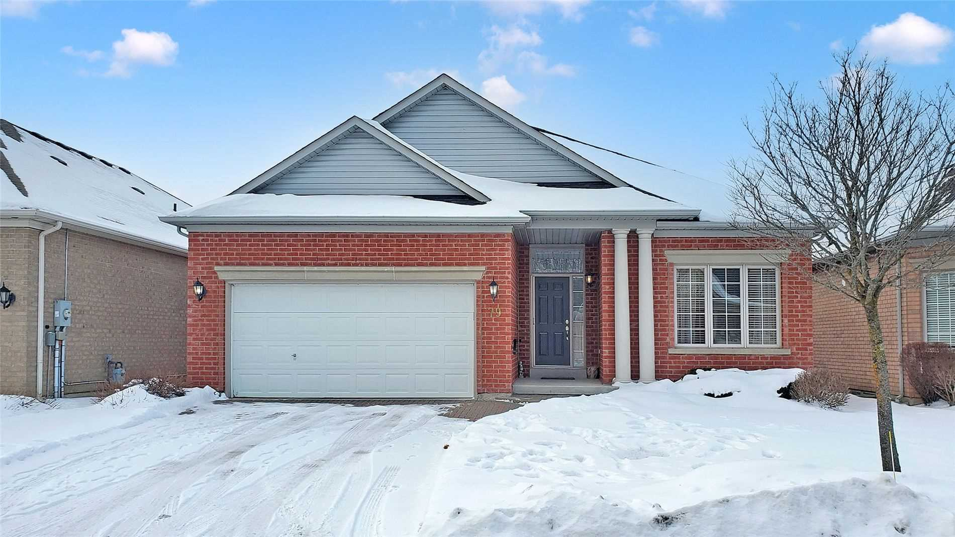 pictures of house for sale MLS: N5084166 located at 79 Legendary Tr, Whitchurch-Stouffville L4A1N6