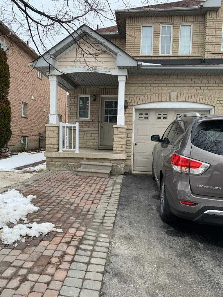 pictures of house for sale MLS: N5084938 located at 7 Bashir St, Vaughan L6A3A3