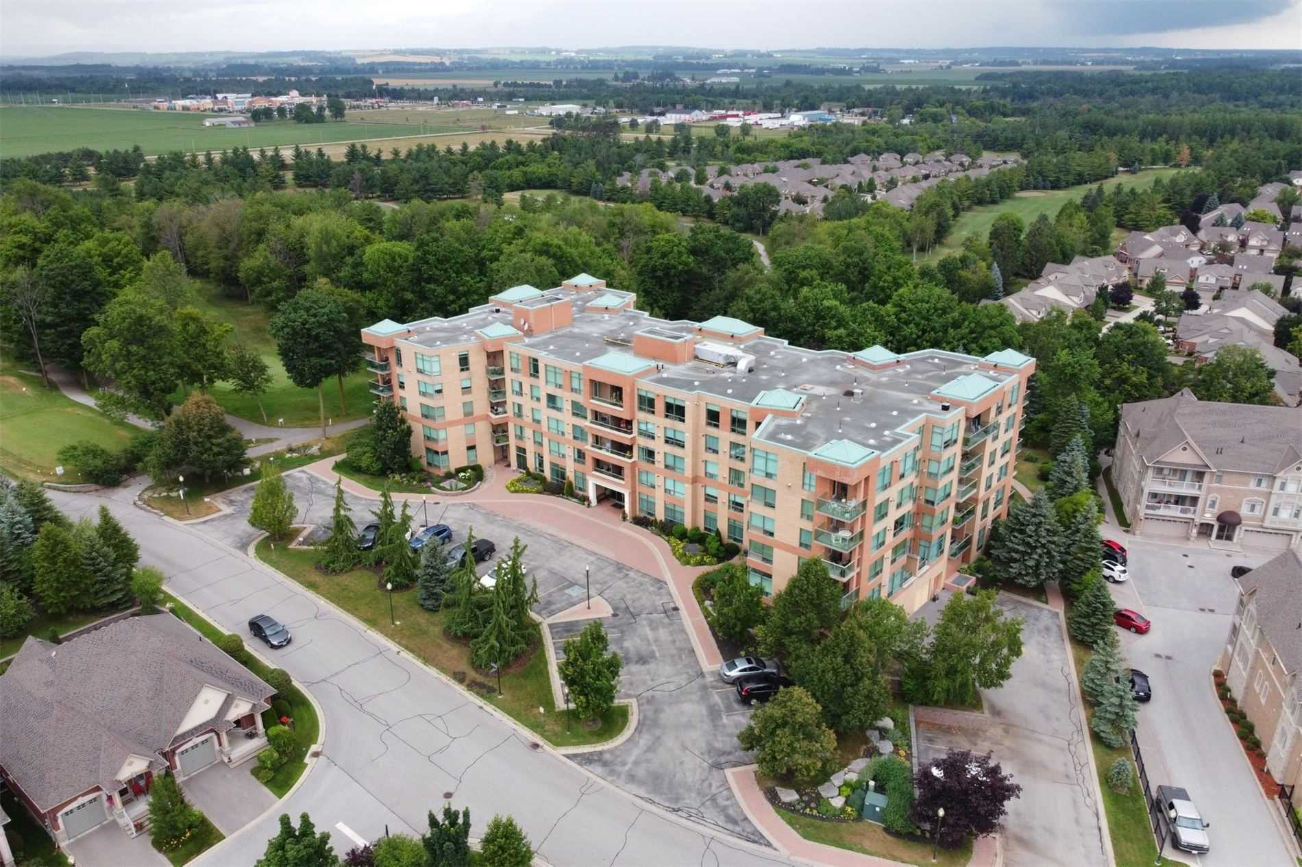 pictures of 4 Briar Hill  Hts, New Tecumseth L9R1Z7