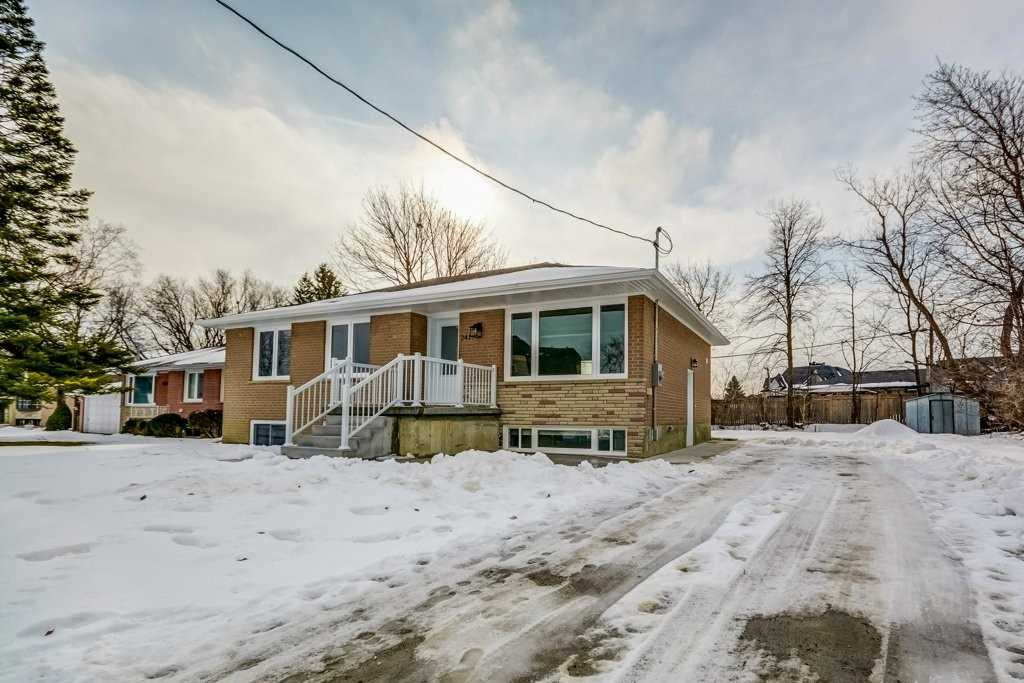 pictures of 241 Forde (Lower Level) Cres, King L7B1G6