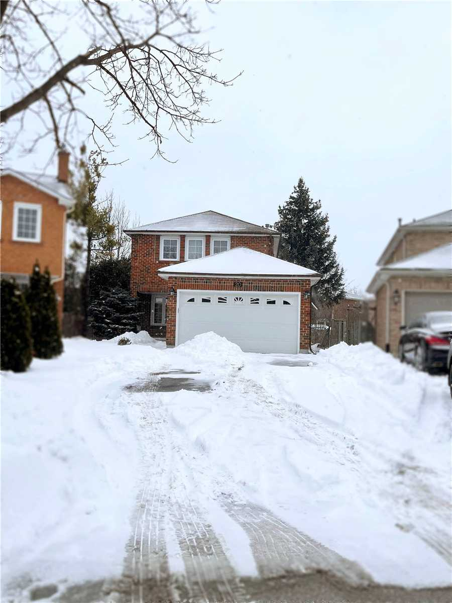 Image 1 of 9 showing inside of 1 Bedroom Detached 2-Storey for Lease at 20 Mcnairn Crt, Richmond Hill L4C5X1