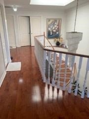 Image 5 of 5 showing inside of 1 Bedroom Detached 2-Storey for Lease at 205 Valleymede Dr, Richmond Hill L4B1T4