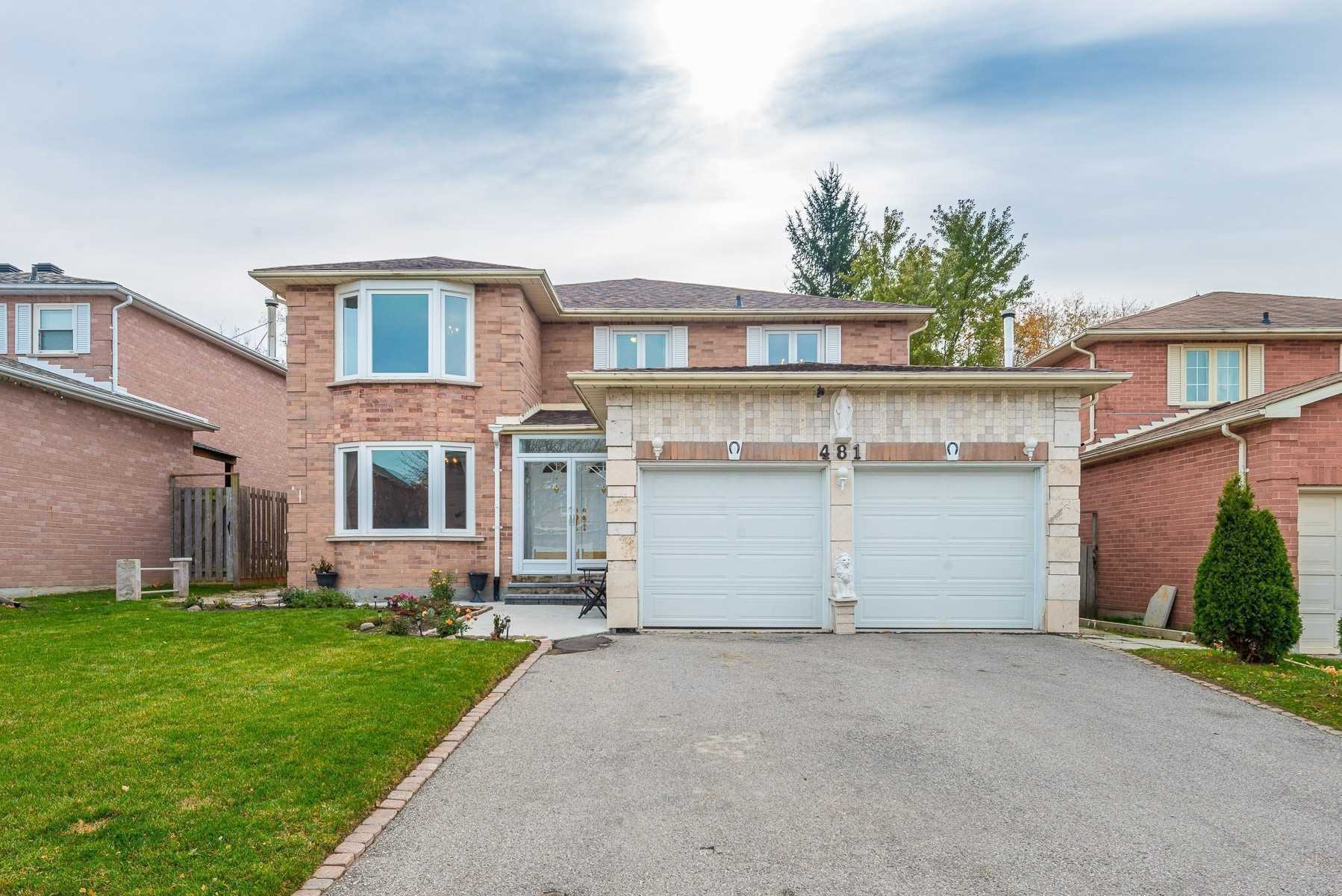 pictures of 481 Traviss Dr, Newmarket L3Y7K1