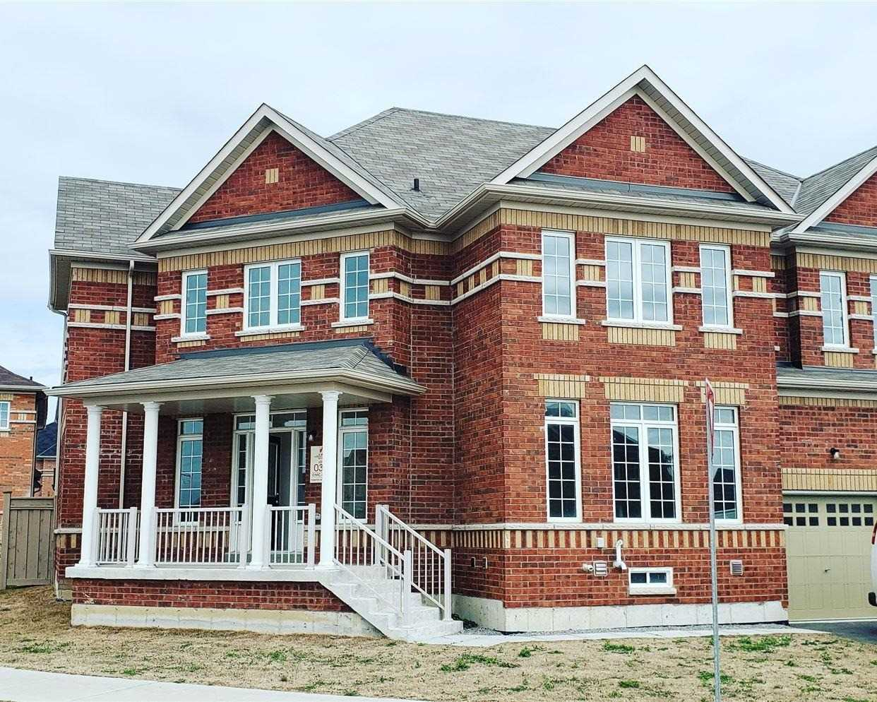 pictures of 492 Forsyth Farm Dr, Whitchurch-Stouffville L4A4P1