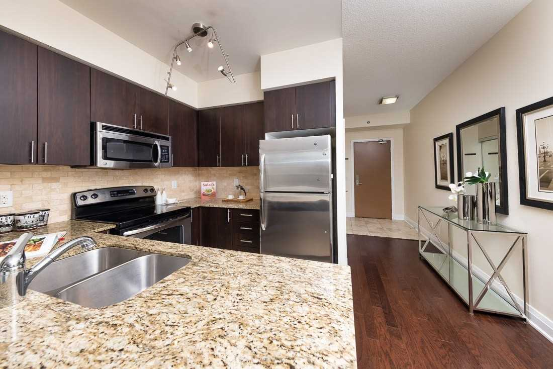 Image 2 of 23 showing inside of 1 Bedroom Condo Apt Apartment for Sale at 520 Steeles Ave W Unit# 315, Vaughan L4J0H2