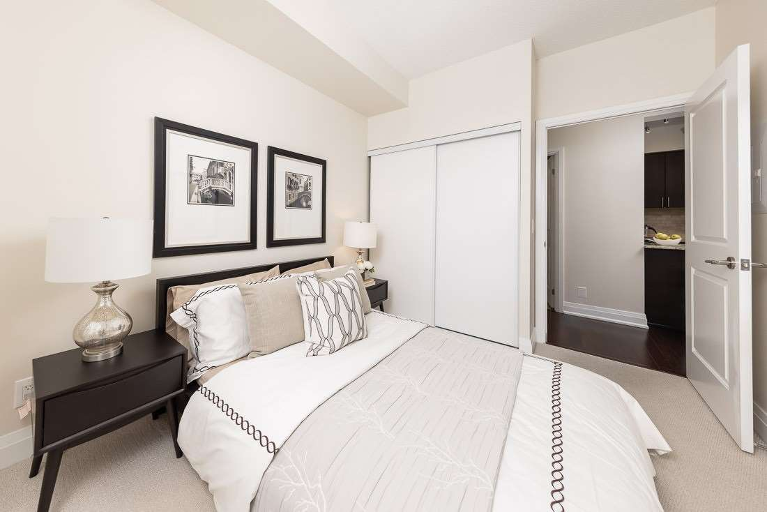 Image 7 of 23 showing inside of 1 Bedroom Condo Apt Apartment for Sale at 520 Steeles Ave W Unit# 315, Vaughan L4J0H2