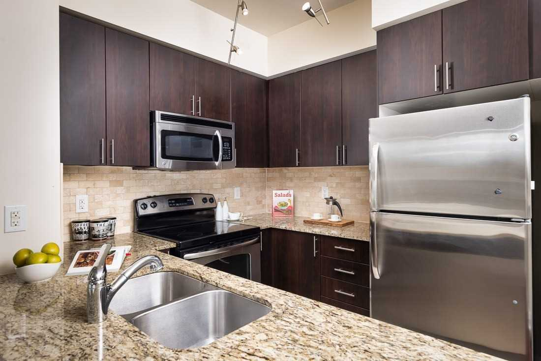 Image 23 of 23 showing inside of 1 Bedroom Condo Apt Apartment for Sale at 520 Steeles Ave W Unit# 315, Vaughan L4J0H2