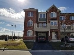 pictures of house for sale MLS: N5201547 located at 107 Payne Cres, Aurora L4G0Y1