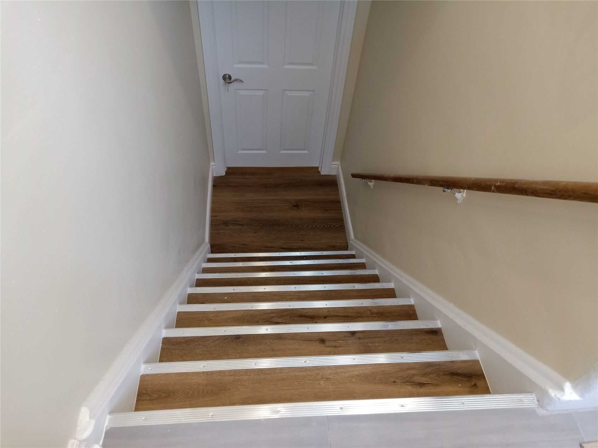 pictures of 346 Taylor Mills Drive N Dr, Richmond Hill L4C2T9
