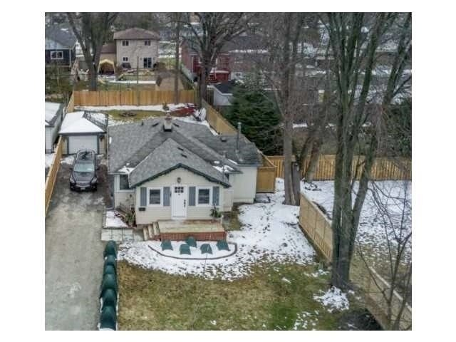 pictures of 367 Hollywood Dr N, Georgina L4P3A2