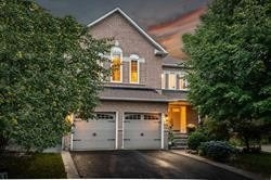 pictures of 118 Crown Cres, Vaughan L4H1T2