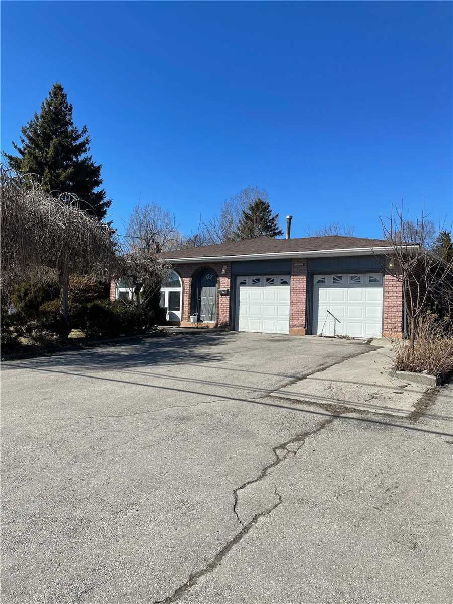 pictures of 54 Elgin Mills Rd W, Richmond Hill L4C4M2