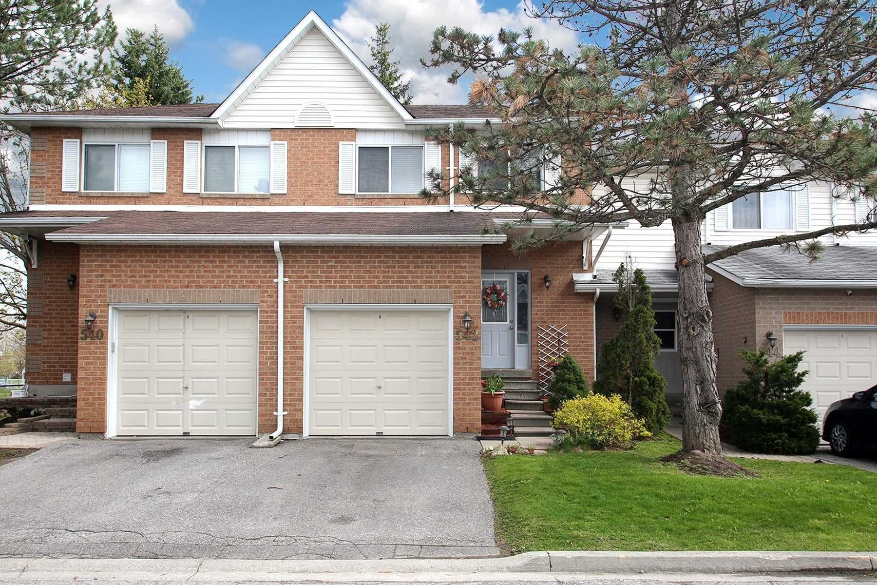 pictures of 542 Priddle Rd, Newmarket L3X1X8