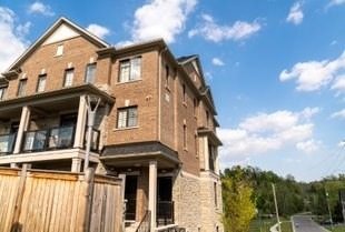 pictures of 198 Pine Grove Rd, Vaughan L4L2H2