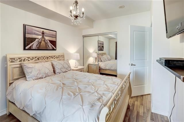 Image 8 of 31 showing inside of 1 Bedroom Condo Apt Apartment for Sale at 9235 Jane St Unit# 202, Vaughan L6A0J7
