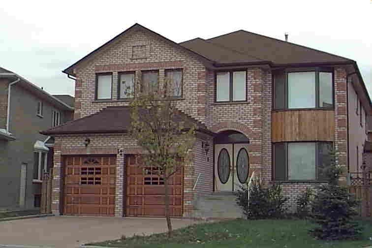 pictures of 12A Mauro Crt, Richmond Hill L4B3J8