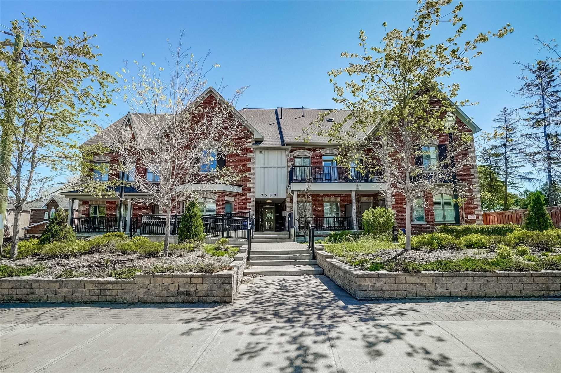 pictures of 9589 Keele St, Vaughan L6A1M1