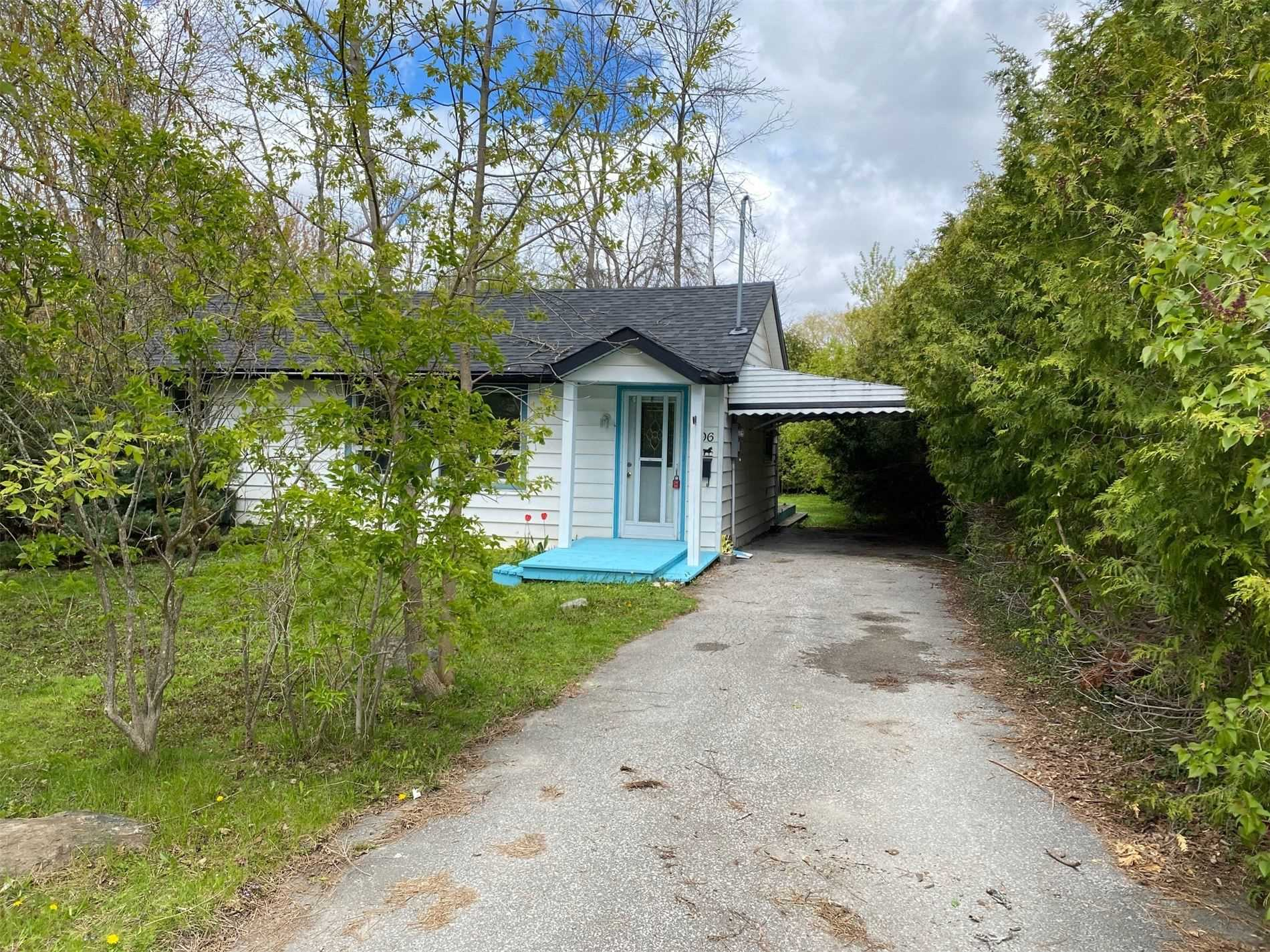 pictures of 296 Lakeview Dr, Georgina L4P2Y7