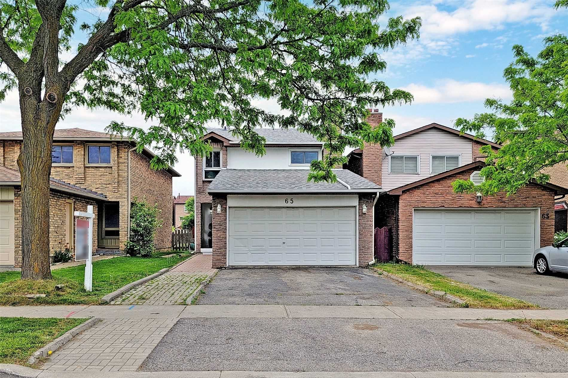 pictures of house for sale MLS: N5250859 located at 65 Carey Cres, Markham L3R3E6