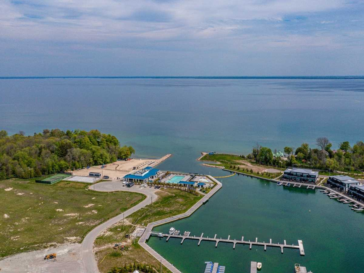 pictures of 303 Broward Way, Innisfil L9S0M5