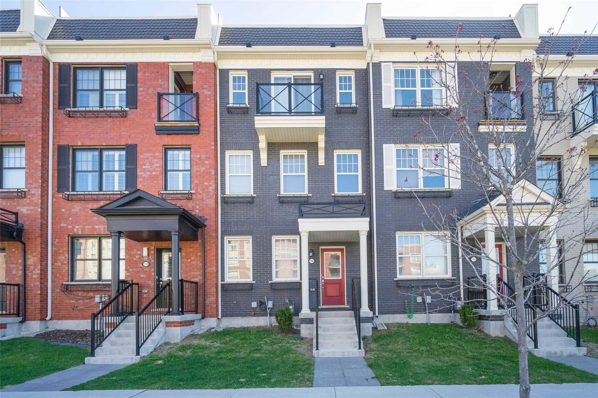 pictures of 114 Baker Hill Blvd, Whitchurch-Stouffville L4A1Y4