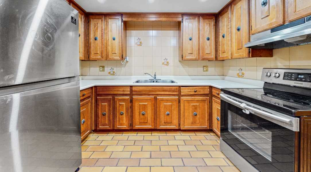 pictures of 45 Kersey Cres, Richmond Hill L4C5H4