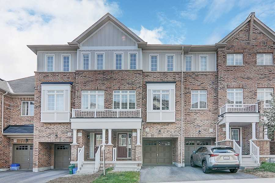 pictures of house for sale MLS: N5255787 located at 6 Fanny Grove Way, Markham L6E0T7