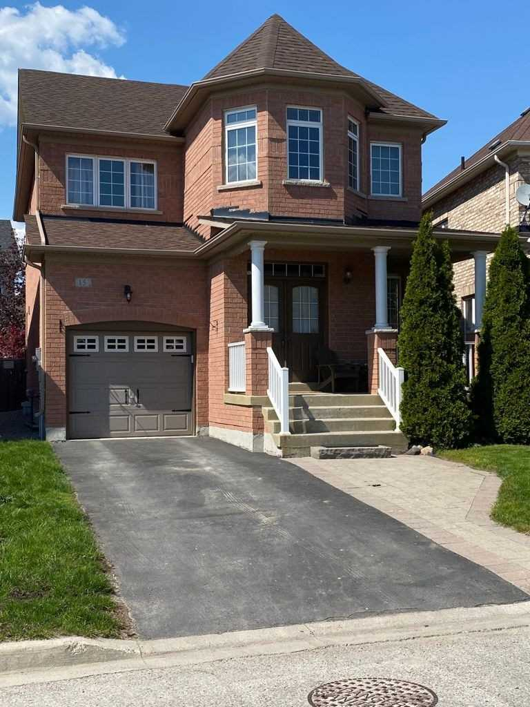 pictures of 15 Isabella Garden Lane, Whitchurch-Stouffville L4A0J9