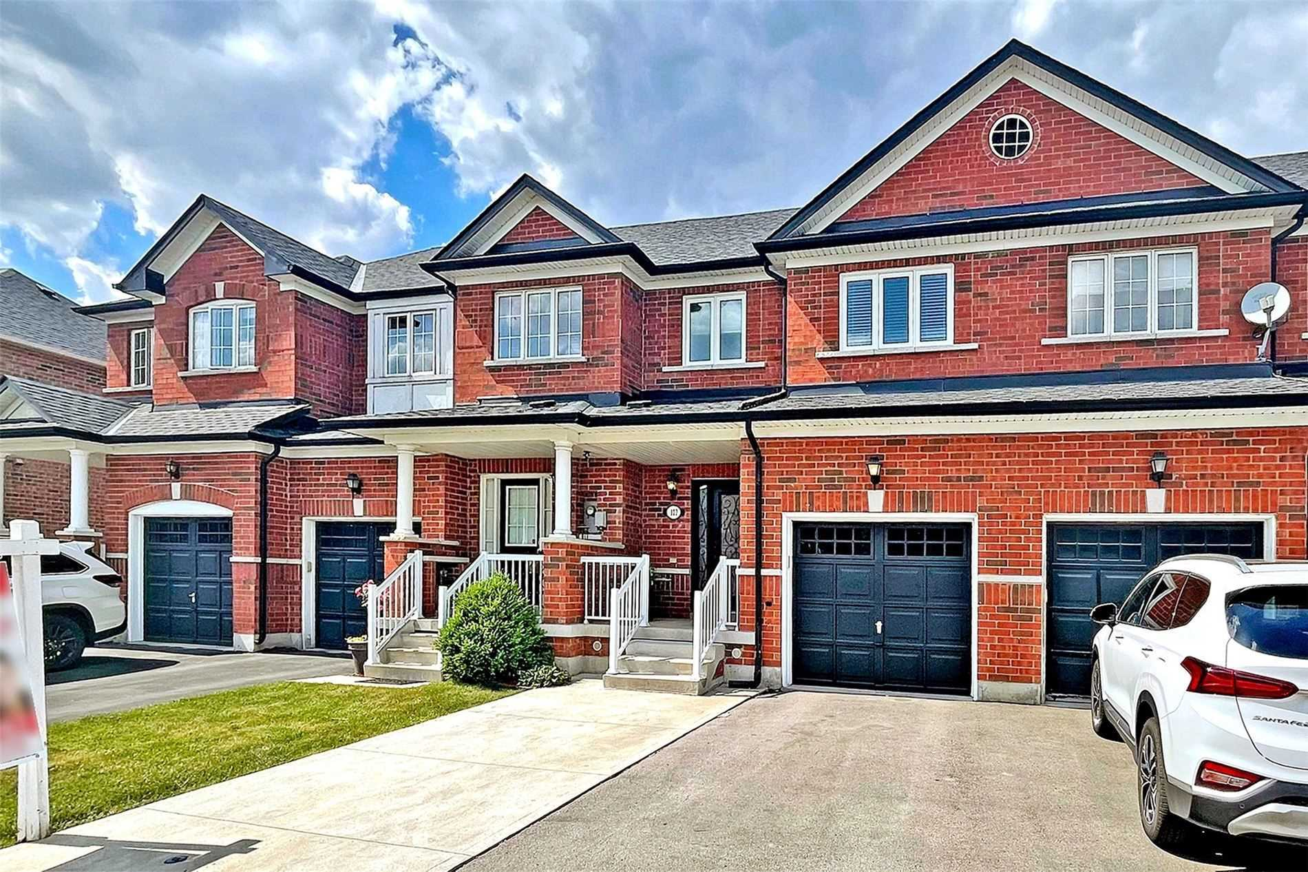 pictures of house for sale MLS: N5257535 located at 107 Argento Cres, Vaughan L4H0B6