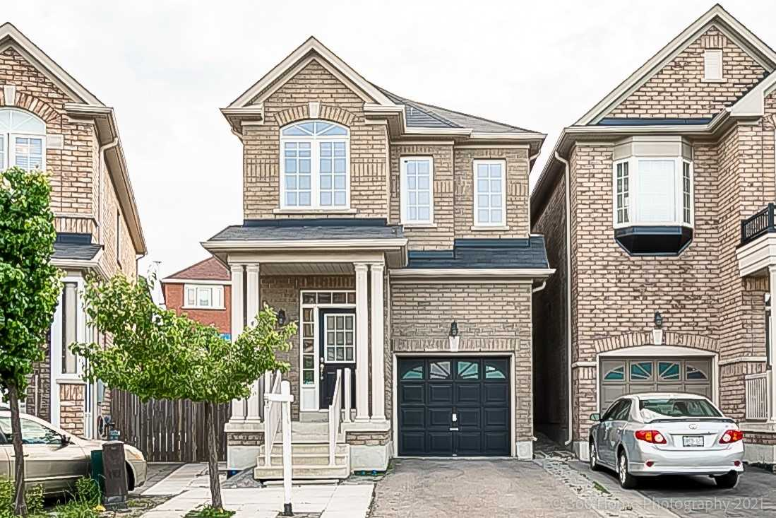 pictures of house for sale MLS: N5257765 located at 48 Coleluke Lane, Markham L3S0B7