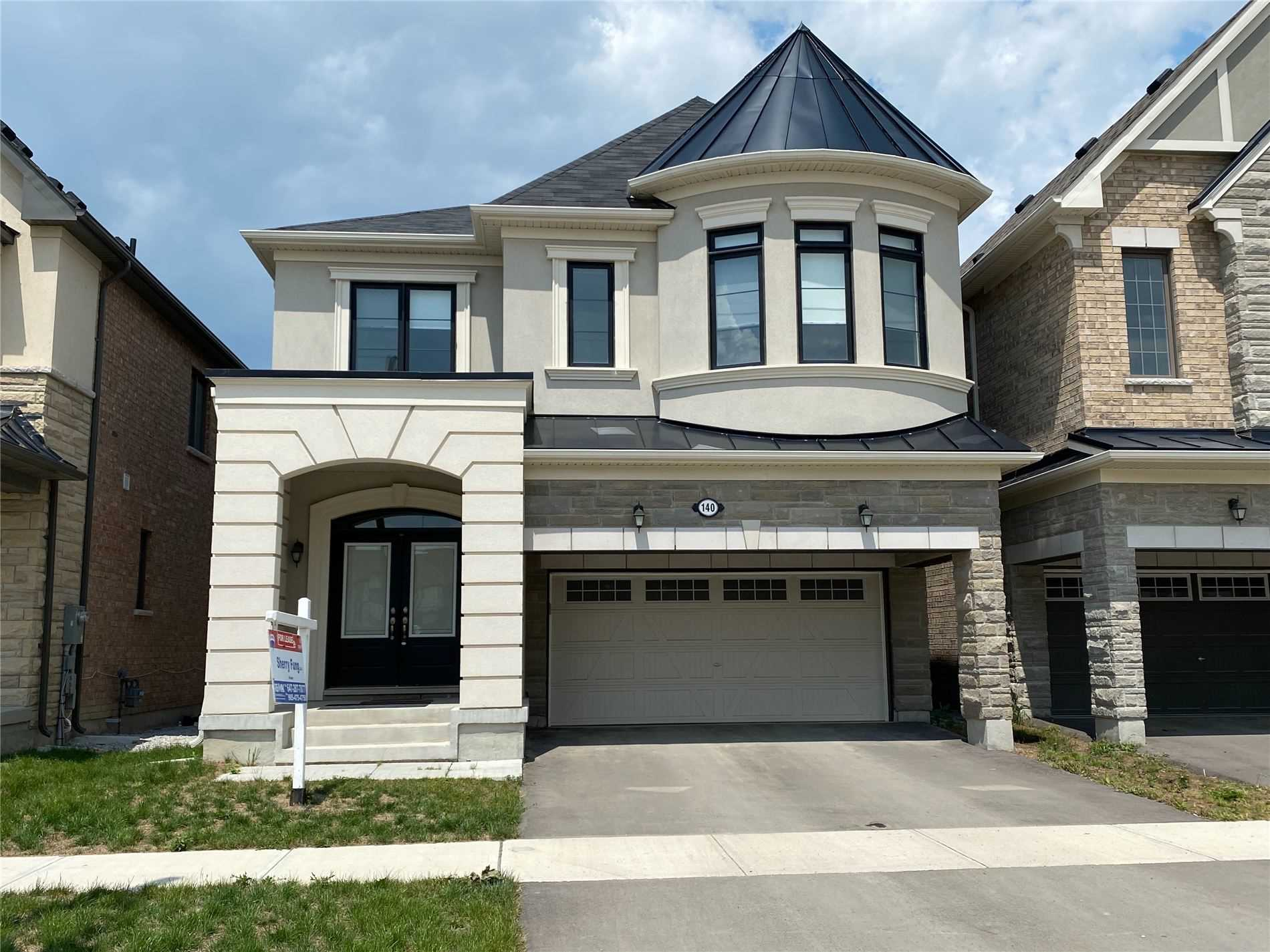 pictures of 140 William F Bell Pkwy, Richmond Hill L4S0L7