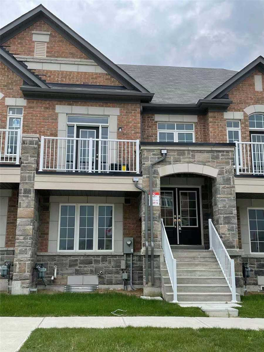 pictures of 105 William F Bell Pkwy, Richmond Hill L4S0K1
