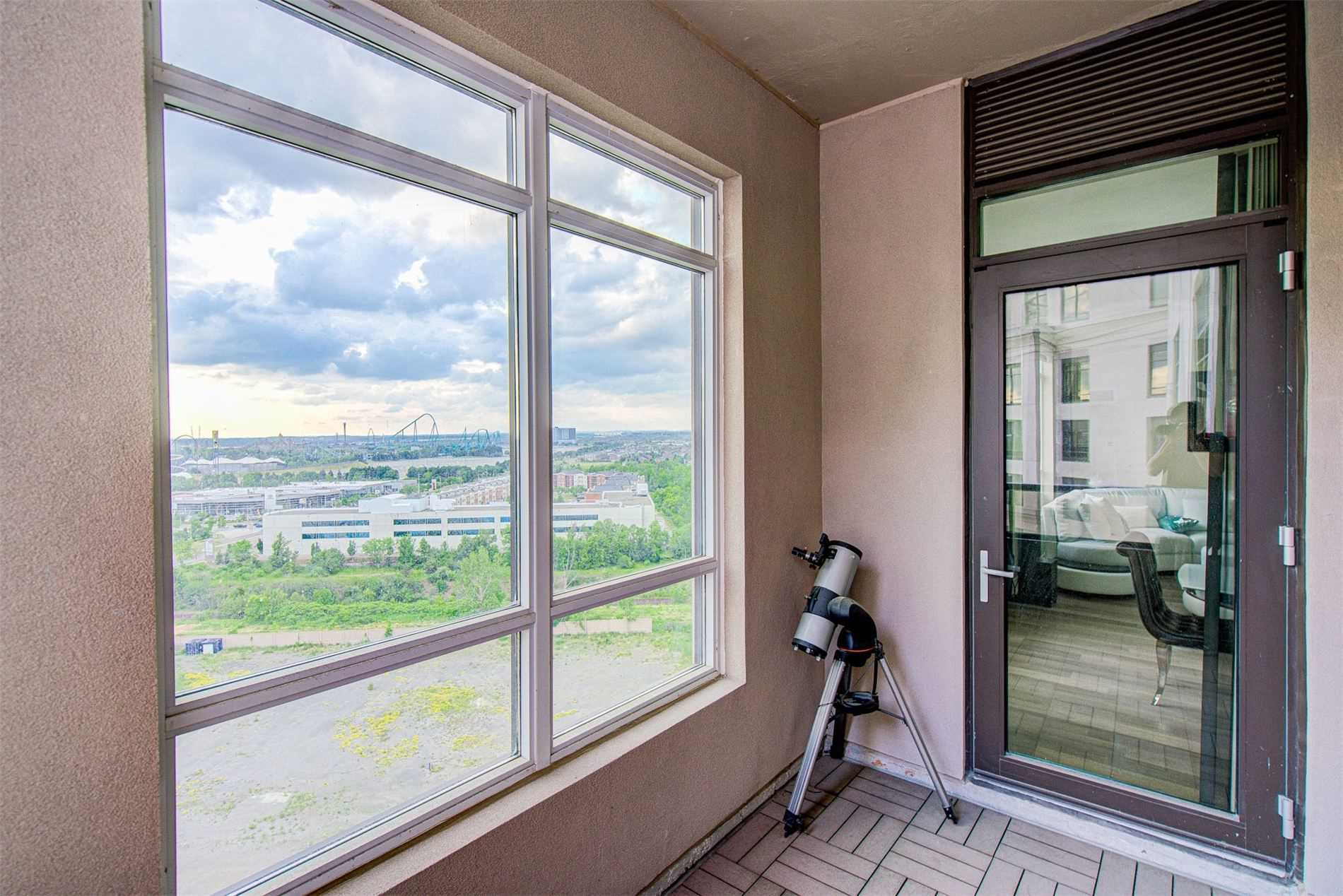 Image 20 of 39 showing inside of 2 Bedroom Condo Apt Apartment for Sale at 9255 Jane St Unit# 1603, Vaughan L6A0K1