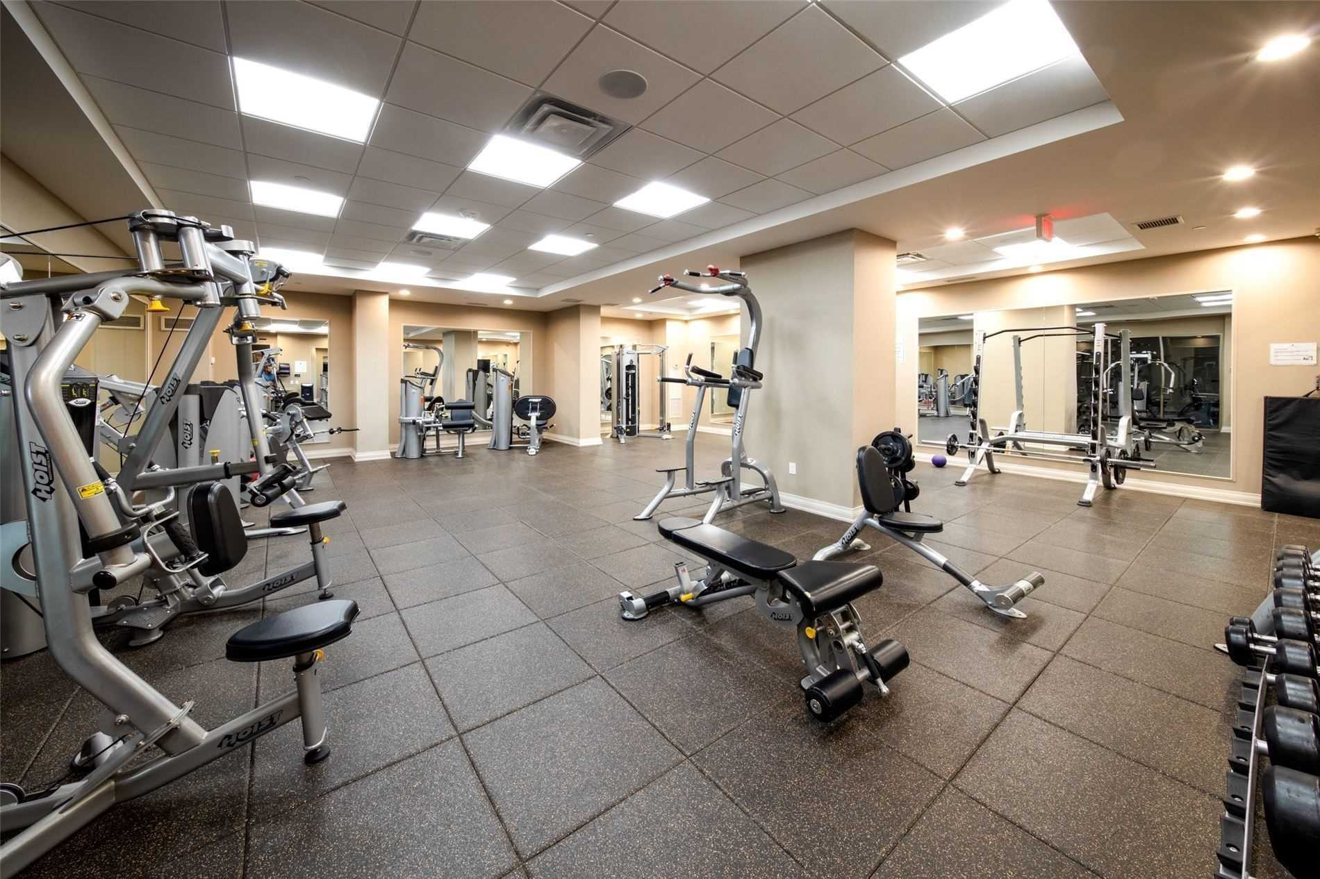 Image 29 of 39 showing inside of 2 Bedroom Condo Apt Apartment for Sale at 9255 Jane St Unit# 1603, Vaughan L6A0K1