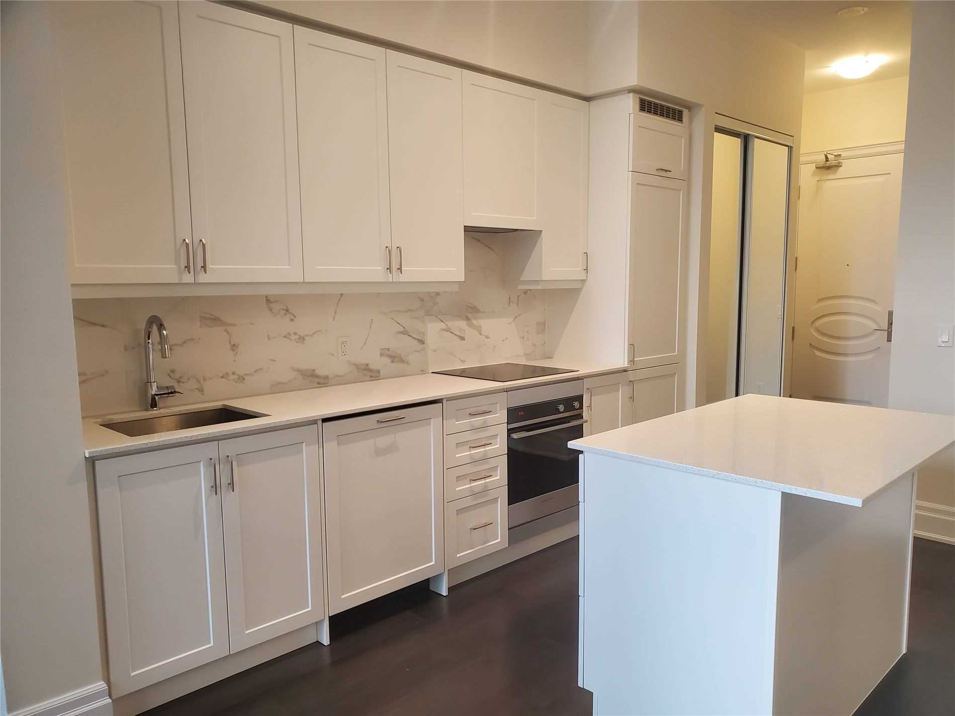 pictures of 9075 Jane St, Vaughan L4K2M6